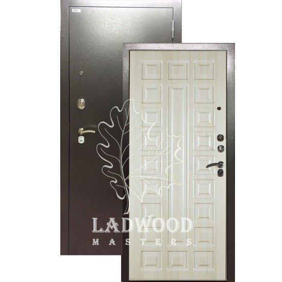 Входная дверь Берлога 3к Сенатор Ларче