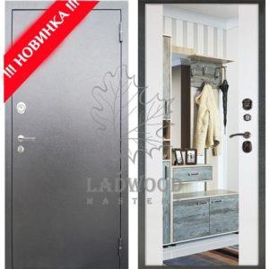 Входная дверь БЕРЛОГА 3К ВОЯЖ с зеркалом